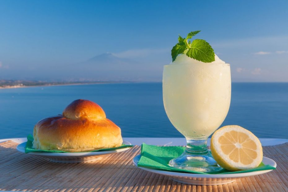 Lemon granita and brioche col tuppo